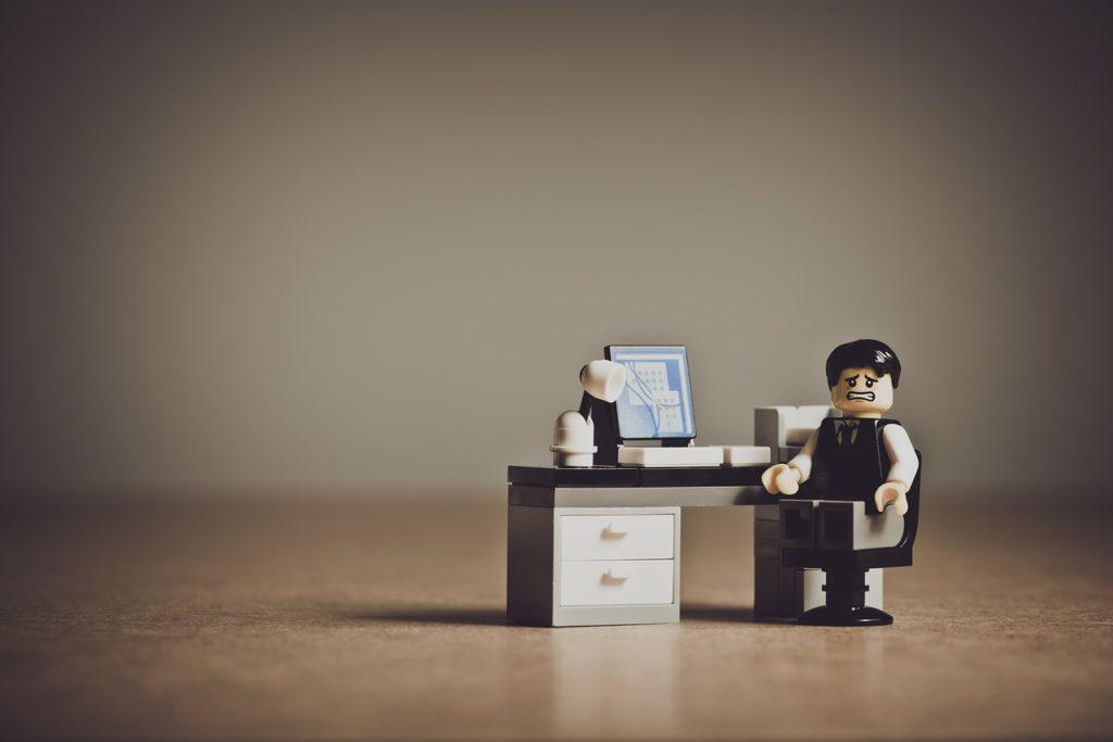 Cuánto Cobrar Por Hora De Trabajo: Lego Freelance Equivocado